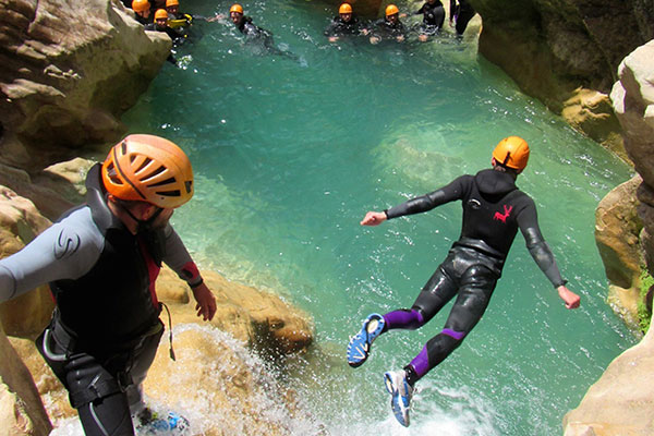 Canyoning - FairPlay Voyages