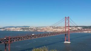 découvrez Lisbonne et son pont avec les groupes de fairplay voyages