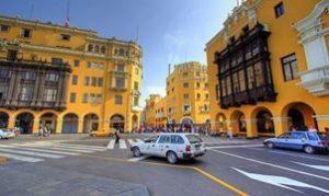 Avec Fairplay voyages, partez à la découverte du Pérou, en groupes ou en individuels. En particulier Cuzco et ses bâtiments jaunes.