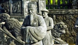 Avec Fairplay voyages, partez à la découverte du Vietnam et sa culture avec ses temples et ses statues