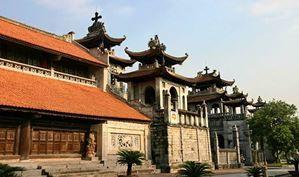 Avec Fairplay voyages, partez à la découverte du Vietnam, ses pagodes et temples divers